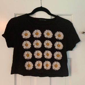 ♡ Urban Outfitters Daisy Cropped Tee